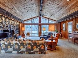 Yankee Ridge - Sherwin Dr., Urbana IL - Living Room
